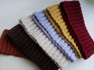 Free pattern for crochet headband.