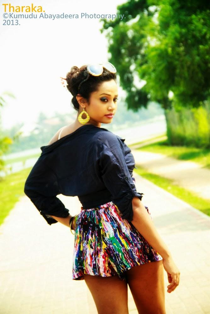 Tharaka Wijesingha sexy back