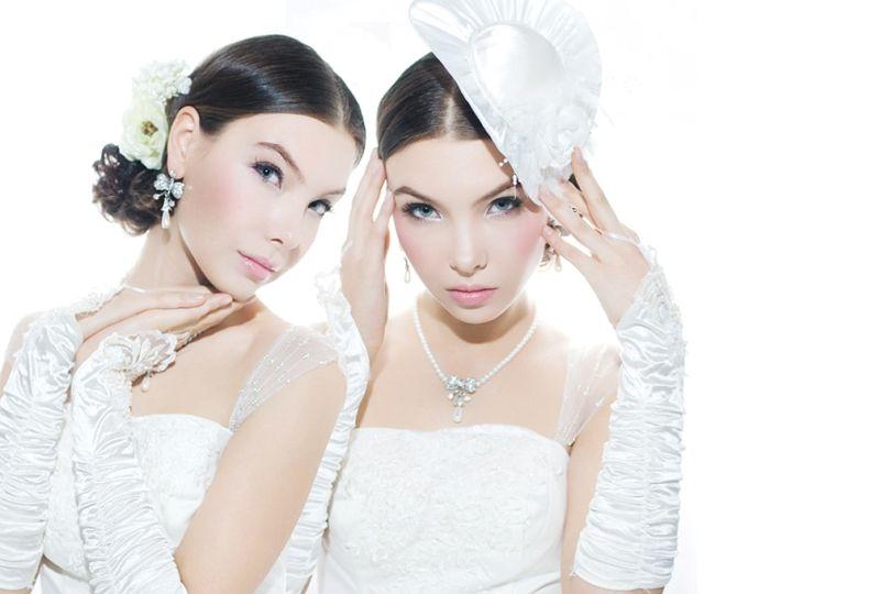 24. twins by 0mela
