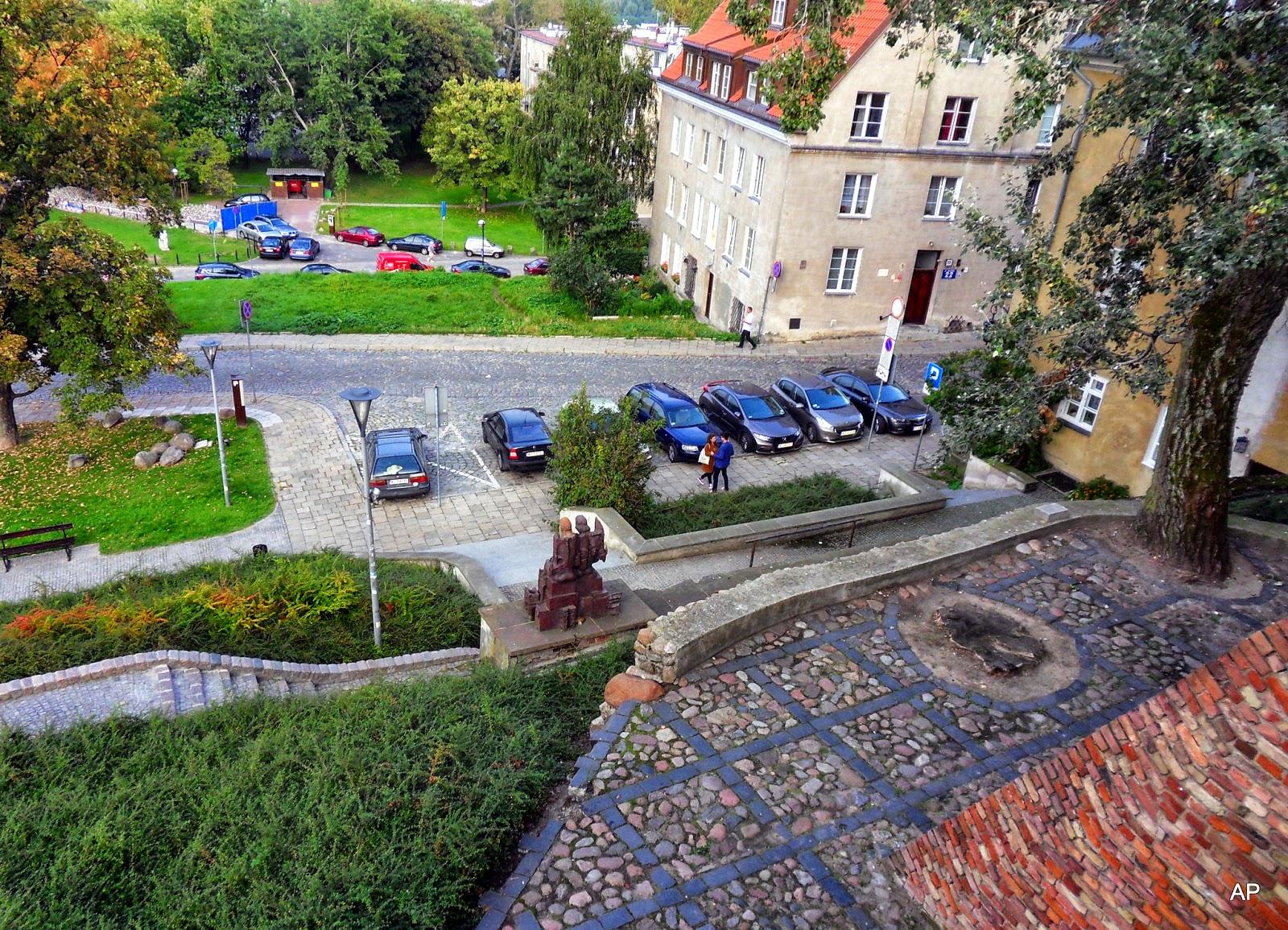 Blick von dem Rest der alten Stadtmauer .