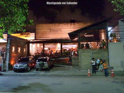 Tortarelli Café: Fachada da loja da Pituba