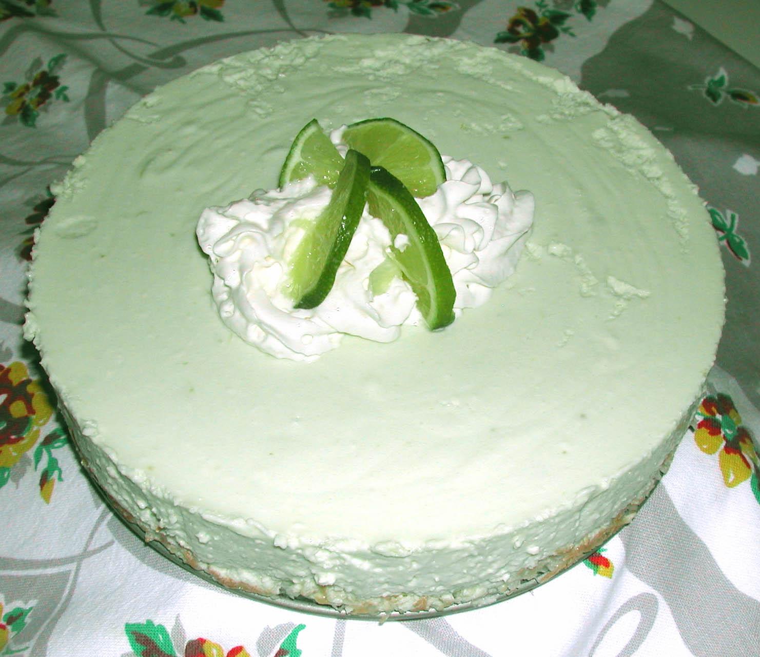 The Iowa Housewife: Family Favorites - Tropical Cheesecake