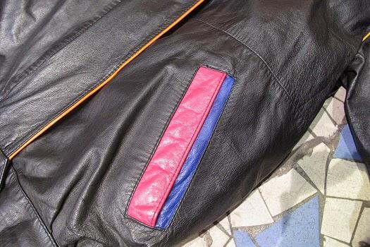 Matières à réflexion Sac en cuir recyclé - de la veste au sac vintage