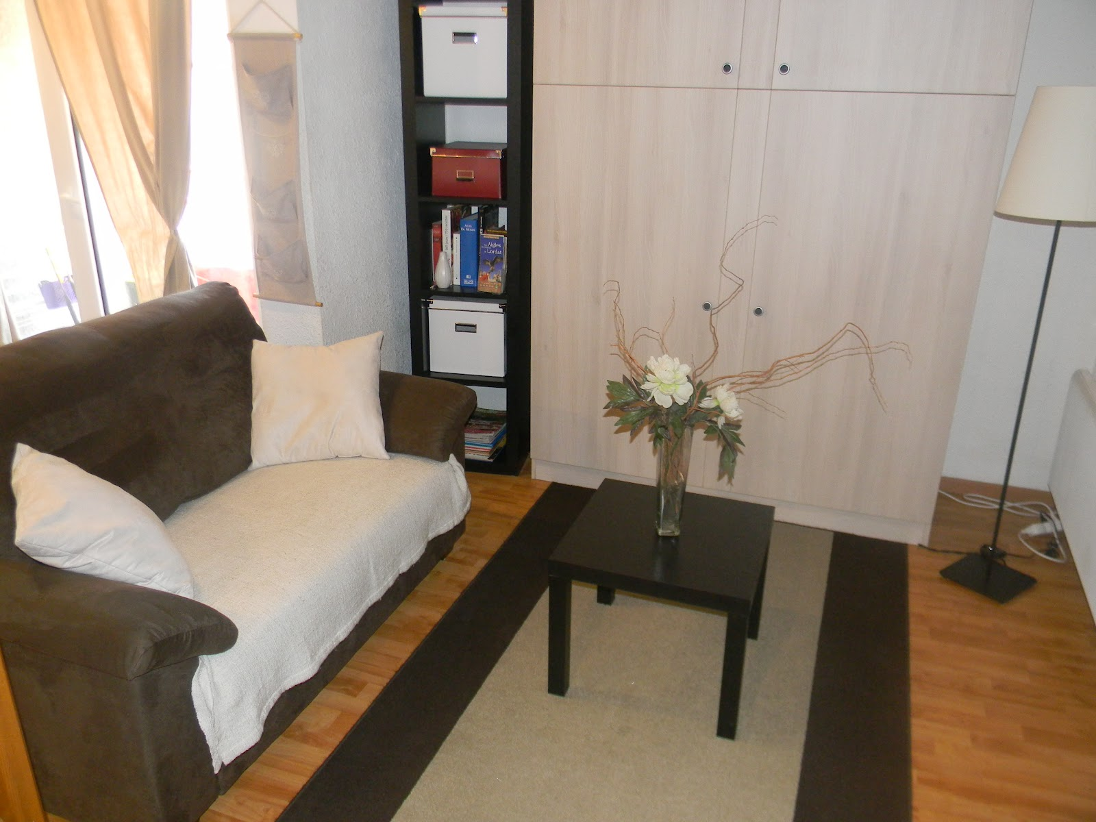 location appartement ax les thermes. Black Bedroom Furniture Sets. Home Design Ideas