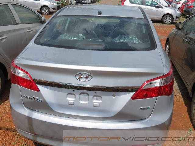 carro HB20 Sedan Hyundai - Comfort Plus 1.0