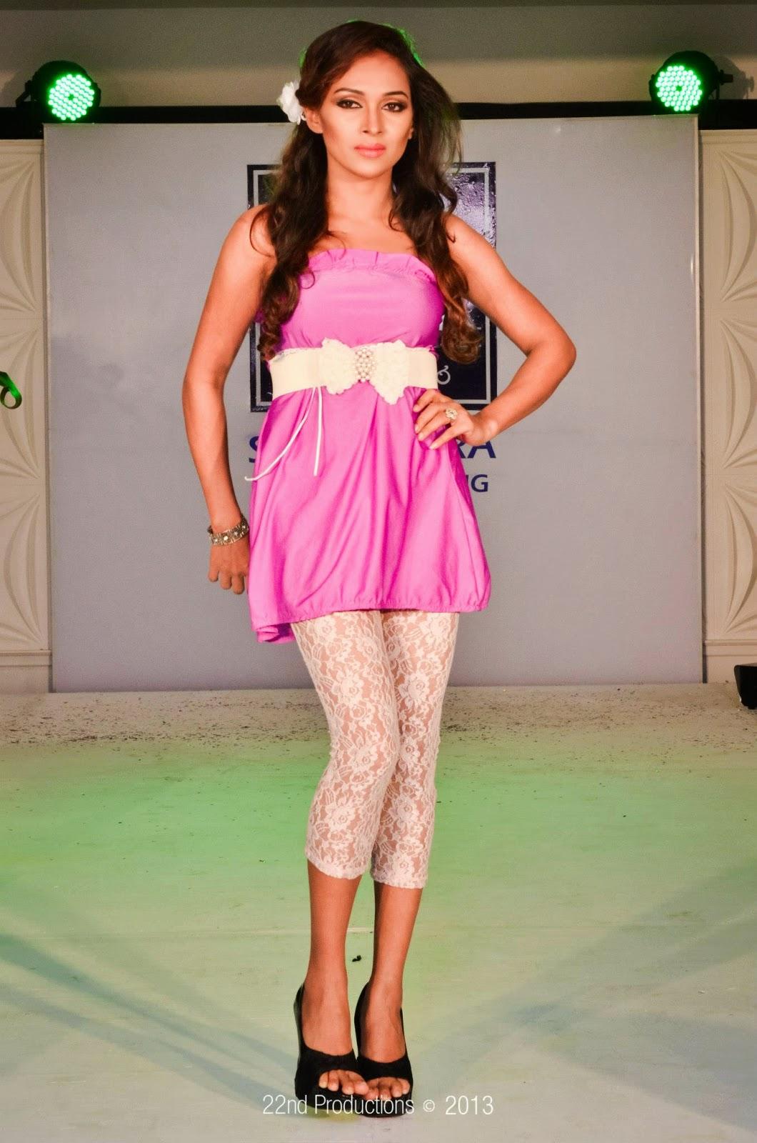 Rashmi Tharushi sri lankan model