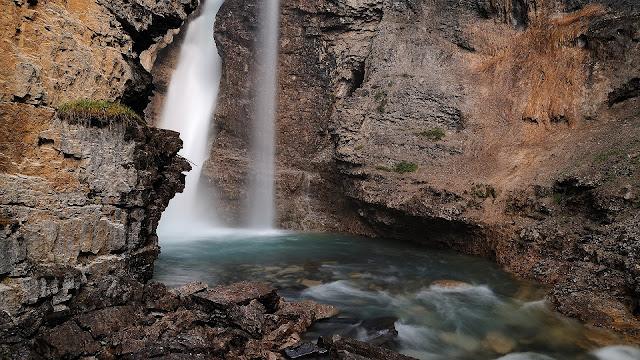 River Rocks Waterfall HD Wallpaper