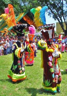Chinelos en Malinalco. Fiesta del Divino Salvador