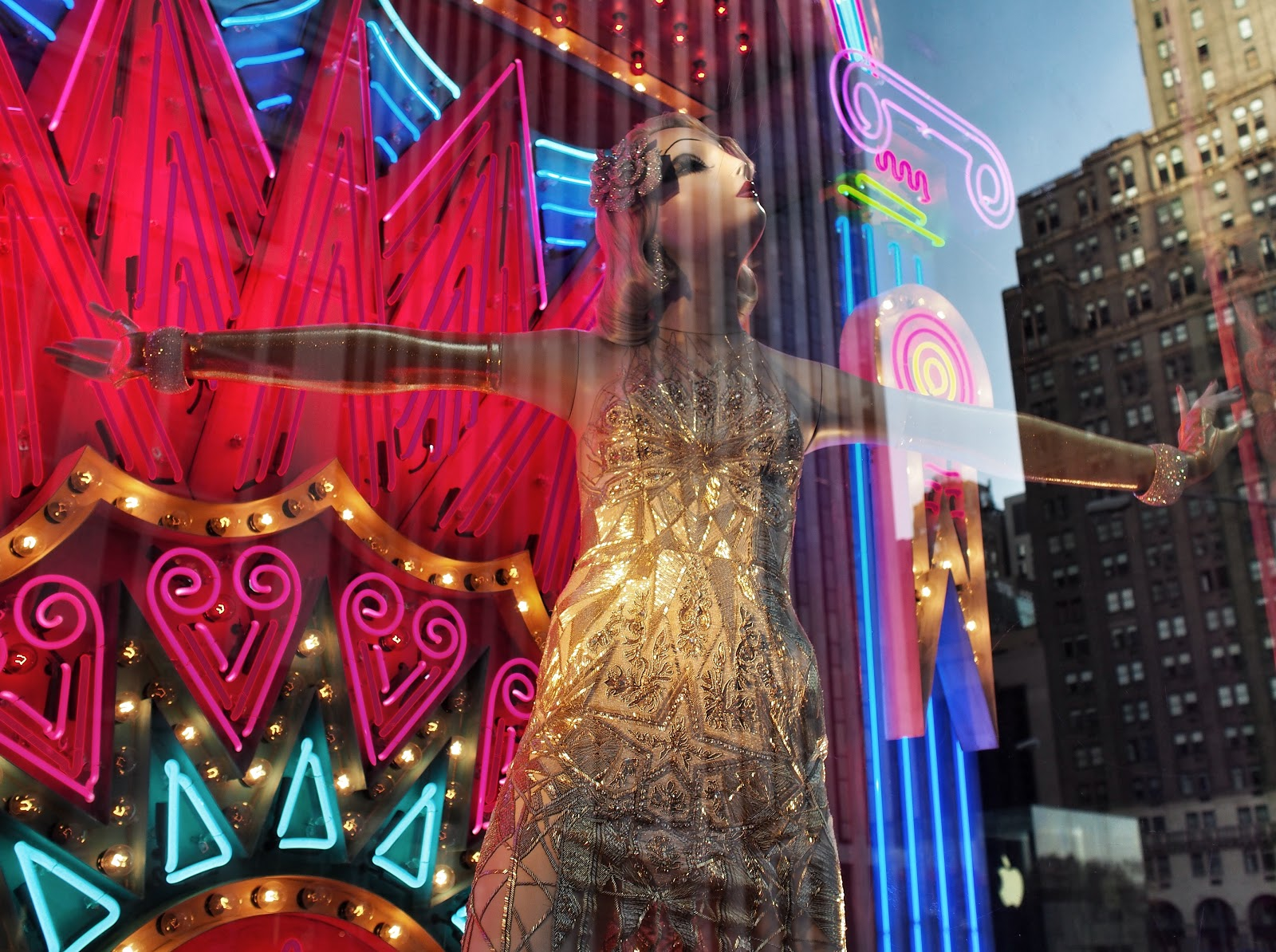 Step Aside GM Building, I'm the Star of this Show #StepAsideGMBuilding #bgwindows #windowwatchers #holidaywindows #5thavenuewindows #NYC  #holidays #besttimeoftheyear #nyc ©2014 Nancy Lundebjerg