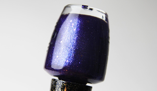 "OPI ""Can't Let Go"" Liquid Sand Nail Lacquer"