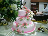 FONDANT CAKE & GUMPASTE FLOWER