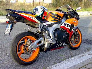 motor Honda CBR 1000RR