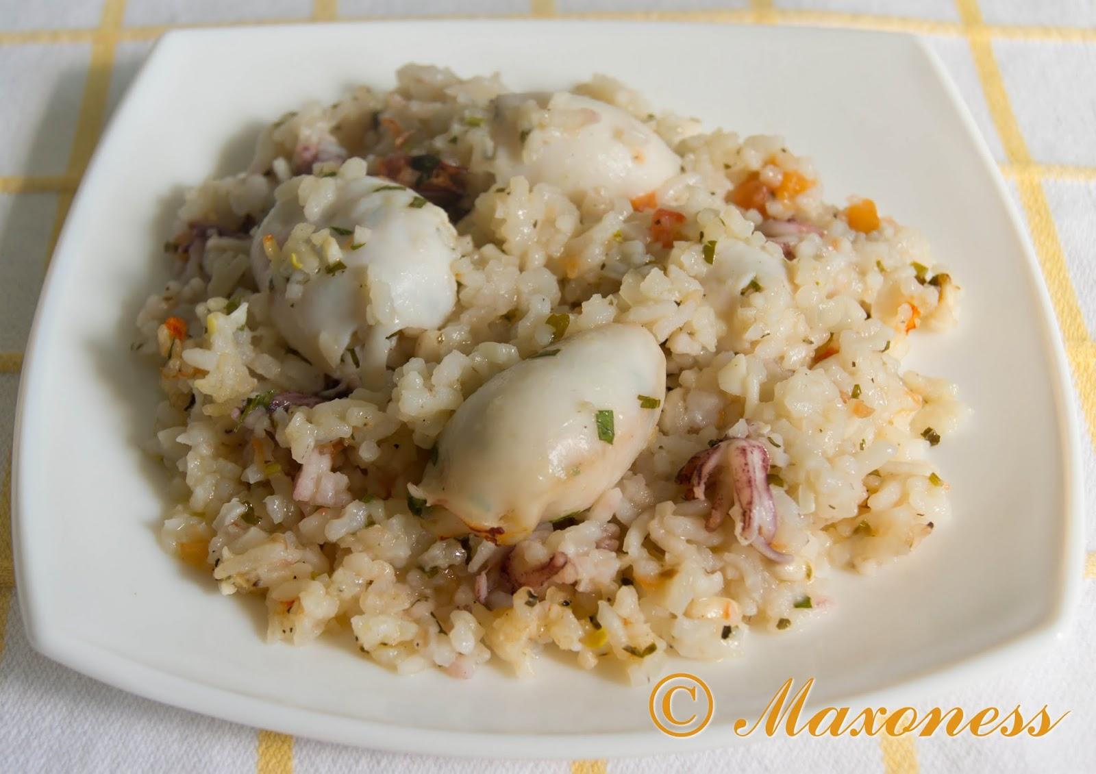 Кальмары, фаршированные томатным рисом с травами, от Гордона Рамзи. Греческая кухня.