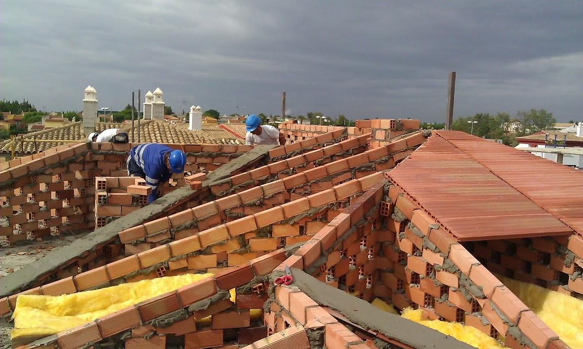 Todotejado rehabilitaci n reparaci n cubiertas tejados for Como hacer tejados de madera