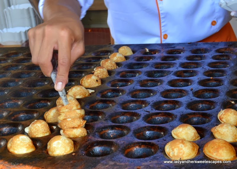 Holland House's Mini Pancakes at the Dubai Food Carnival