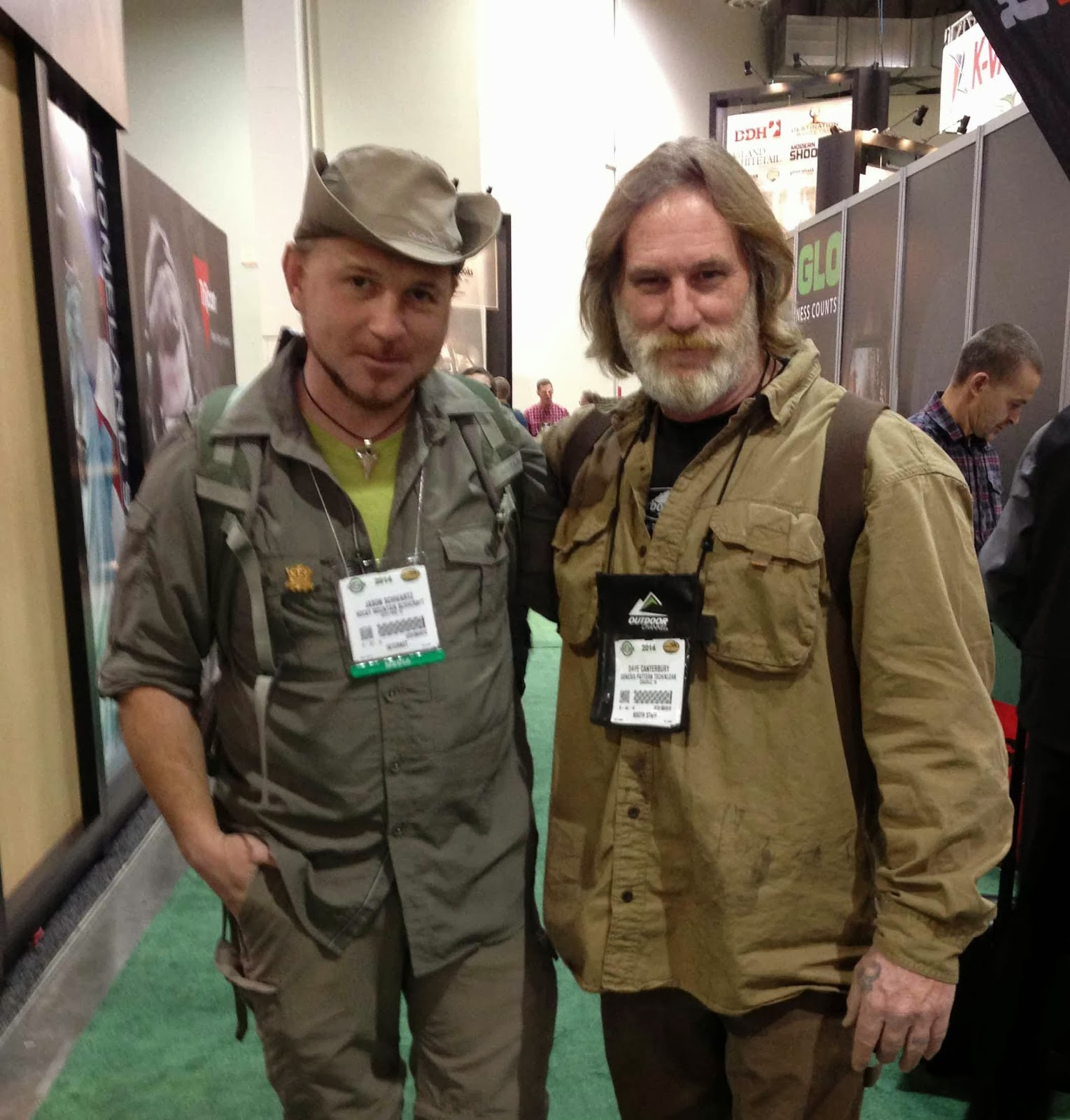 Rocky mountain bushcraft shot show 2014 first impression review - Got A Chance To Meet Dave Canterbury At The Show Very Down To Earth Guy And I Enjoyed Chatting With Him Rmb Will Be Reviewing One Of Dave S New Survival