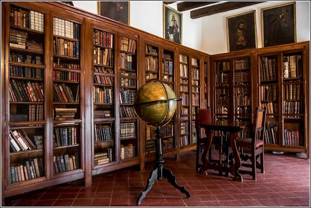 Castillo de Escornalbou, biblioteca