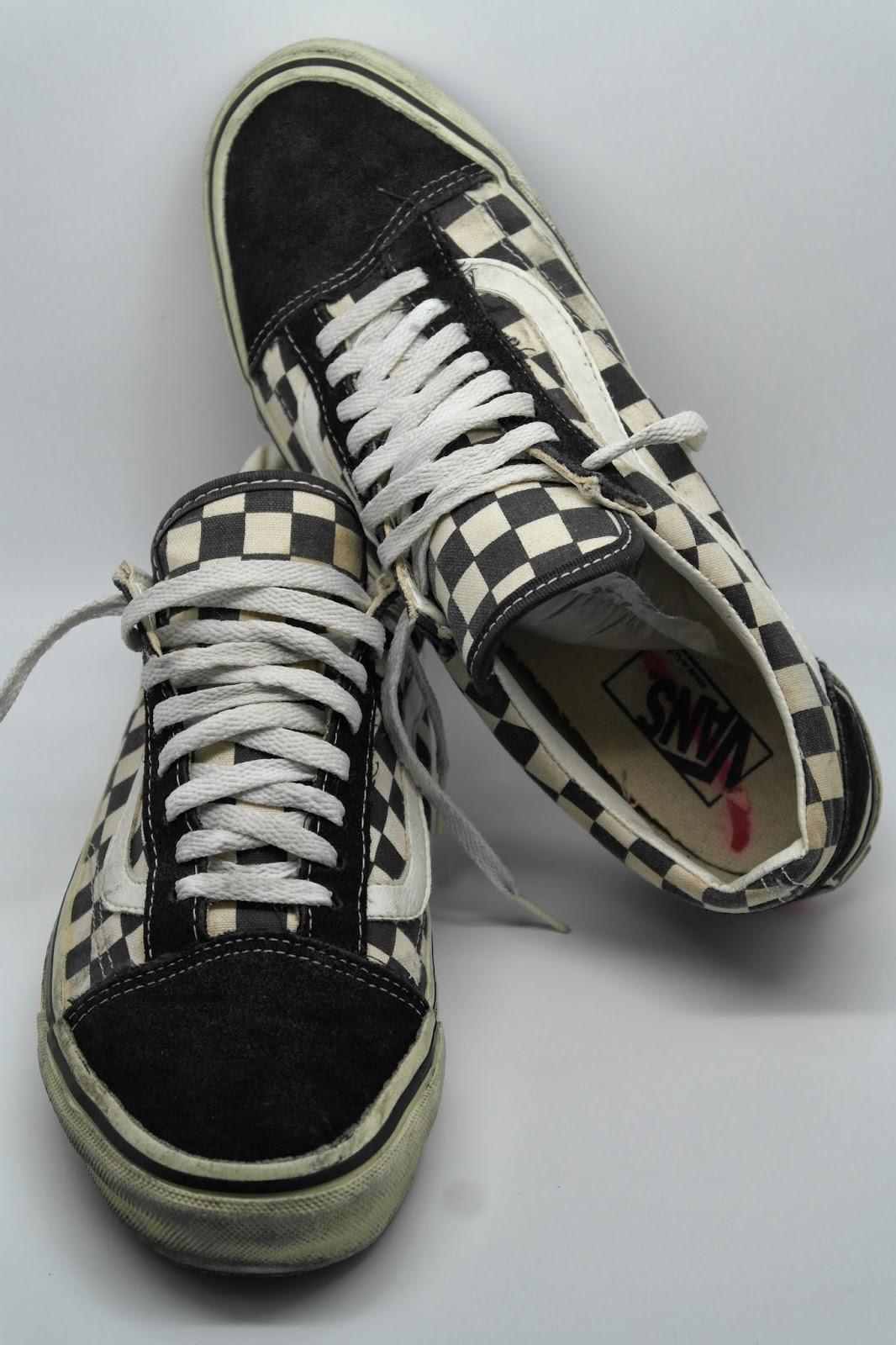 old skool vans black and white checkered