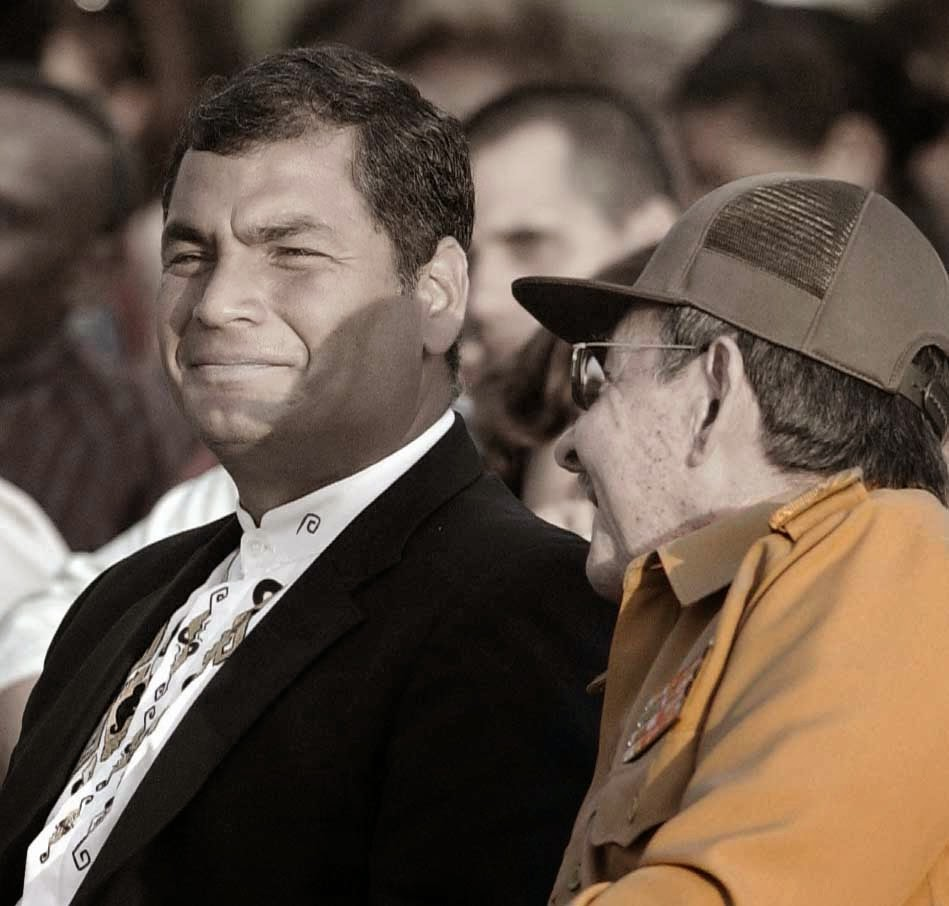 Rafael Correa y Raul Castro