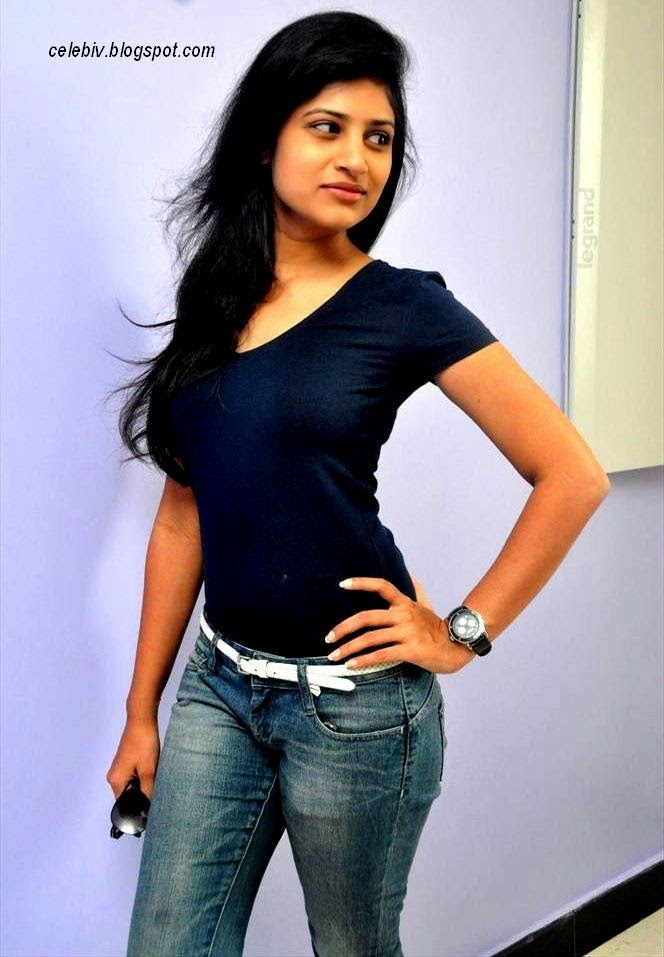 Shweta Pandit Hot in Tight Jeans and short Skirt