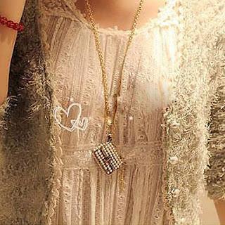1.bp.blogspot.com/-tMHjzYcLh00/UXRn7f__H5I/AAAAAAAACMo/GNyvzEcIzG8/s320/cor-de-rosa-banhado-a-ouro-do-vintage-perola-colar-da-liga-saco_vlkevy1350645230560.jpg