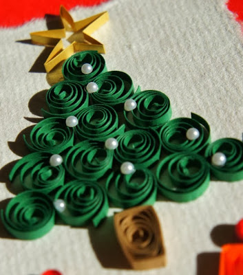 www.etsy.com/listing/83845964/quilled-christmas-card