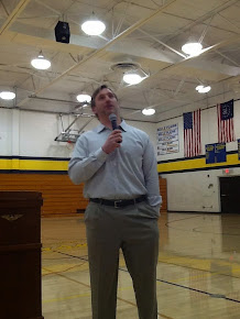 Aaron Kampman speaks at Belle Plaine