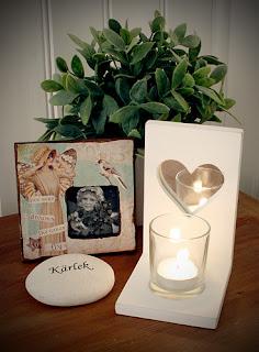 Ljuslykta från Different Design, fotoram och dekorationssten kan köpas hos Familjebutiken Calimero