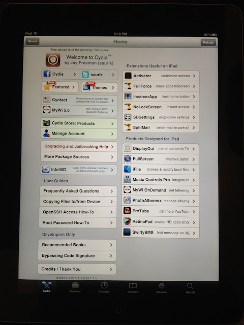 chpwn jailbreaks iPad 3 along with phoenixdev