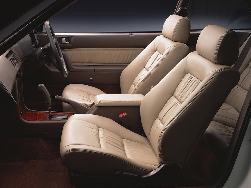 Honda Legend Coupe 日本車 ホンダ japoński samochód wnętrze interior
