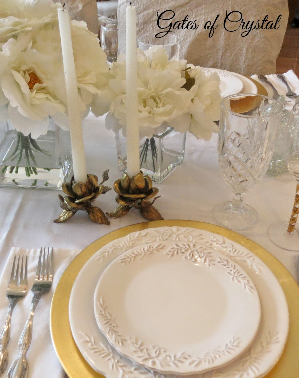 & Gates of Crystal: White and Gold Table Setting