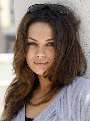 Hollywood Actress Mila Kunis HQ Wallpaper-72-800x600