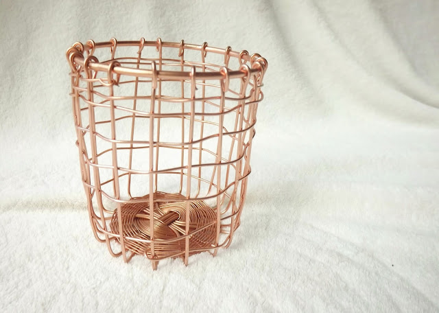 wire copper basket