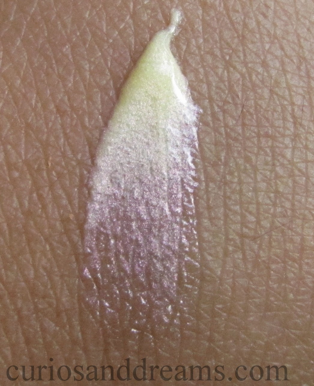 Lakme All Over Shimmer Gloss Review