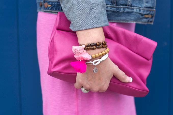 wood-beads-pink-tassels
