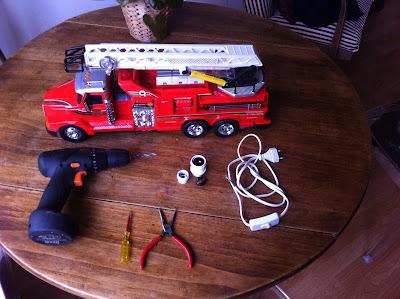 DIY-lampe-camion-de-pompier