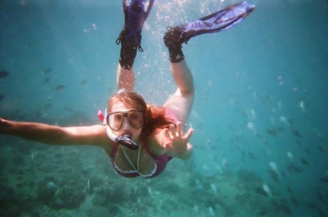 Akibat Hobi Scuba Diving, Mata Cewek ini Berubah Jadi Aneh