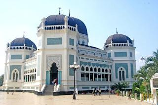 Masjdi Raya Medan