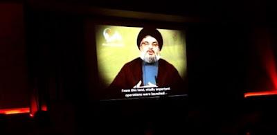 Hezbollah celebra homens-bomba e zomba de Israel