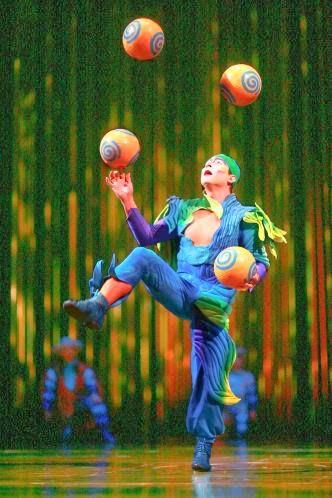 Malabaristas del circo del sol