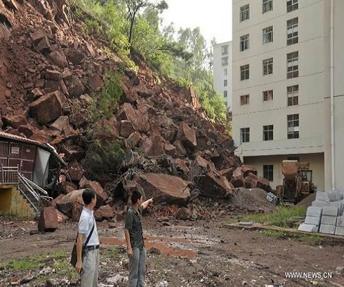 Yunnan_china_landslide_hospital