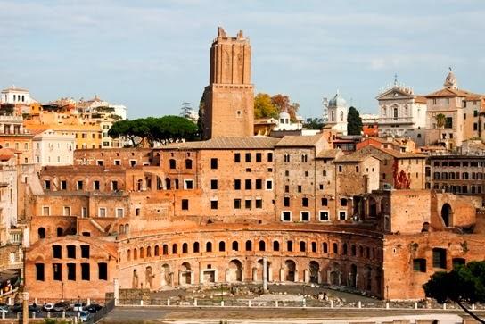 Scopriamo insieme se Traiano aveva un banco al Mercato? I Mercati, il Foro e la Colonna di Traiano - visita guidata x bambini