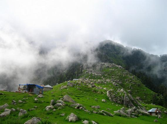 triund at himachal pradesh