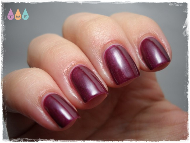 revlon-bold-berry