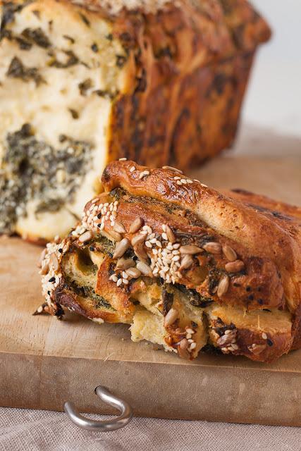 Povuci-potegni hljeb sa spanaćem i sirom