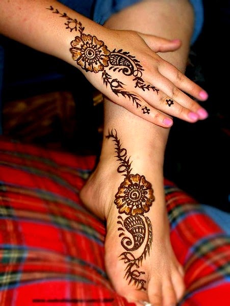 Top-10 Best Mehndi Fashion