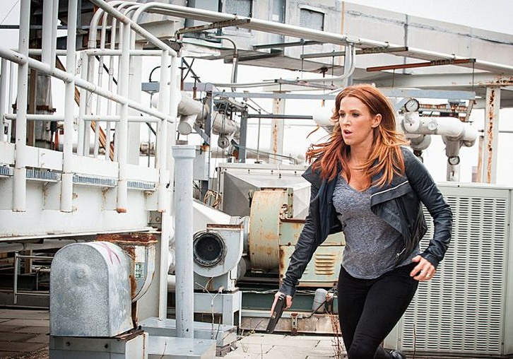 Unforgettable - Episode 3.03 - The Haircut - Promotional Photos
