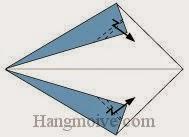 Bước 3: Gấp gấp khúc hai góc giấy