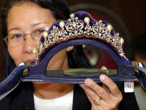 Imelda+Marcos'+'ill-gotten'+jewels+belong+to+govt,+court+rules - The $10bn question: what happened to the Marcos millions? - Philippine Archive