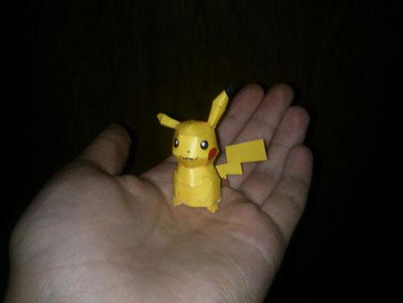 Pokemon Mini Pikachu Papercraft